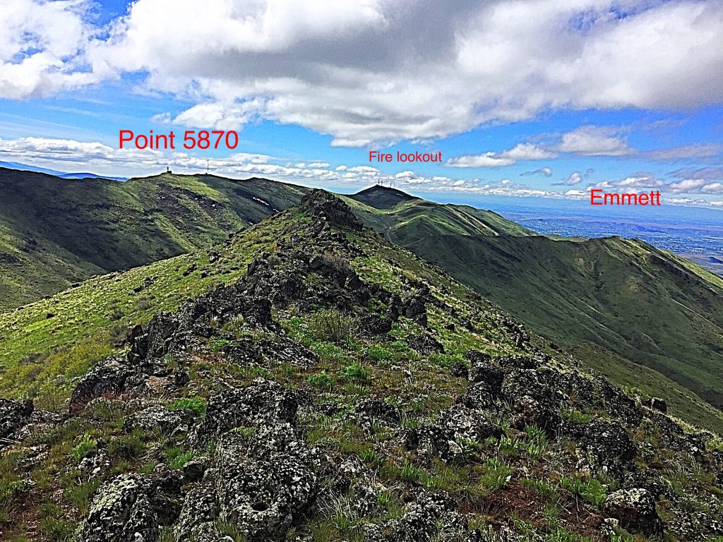 Looking south from the highest point on Squaw Butte. The summit of Squaw Butte South is just off the left hand side of this photo.