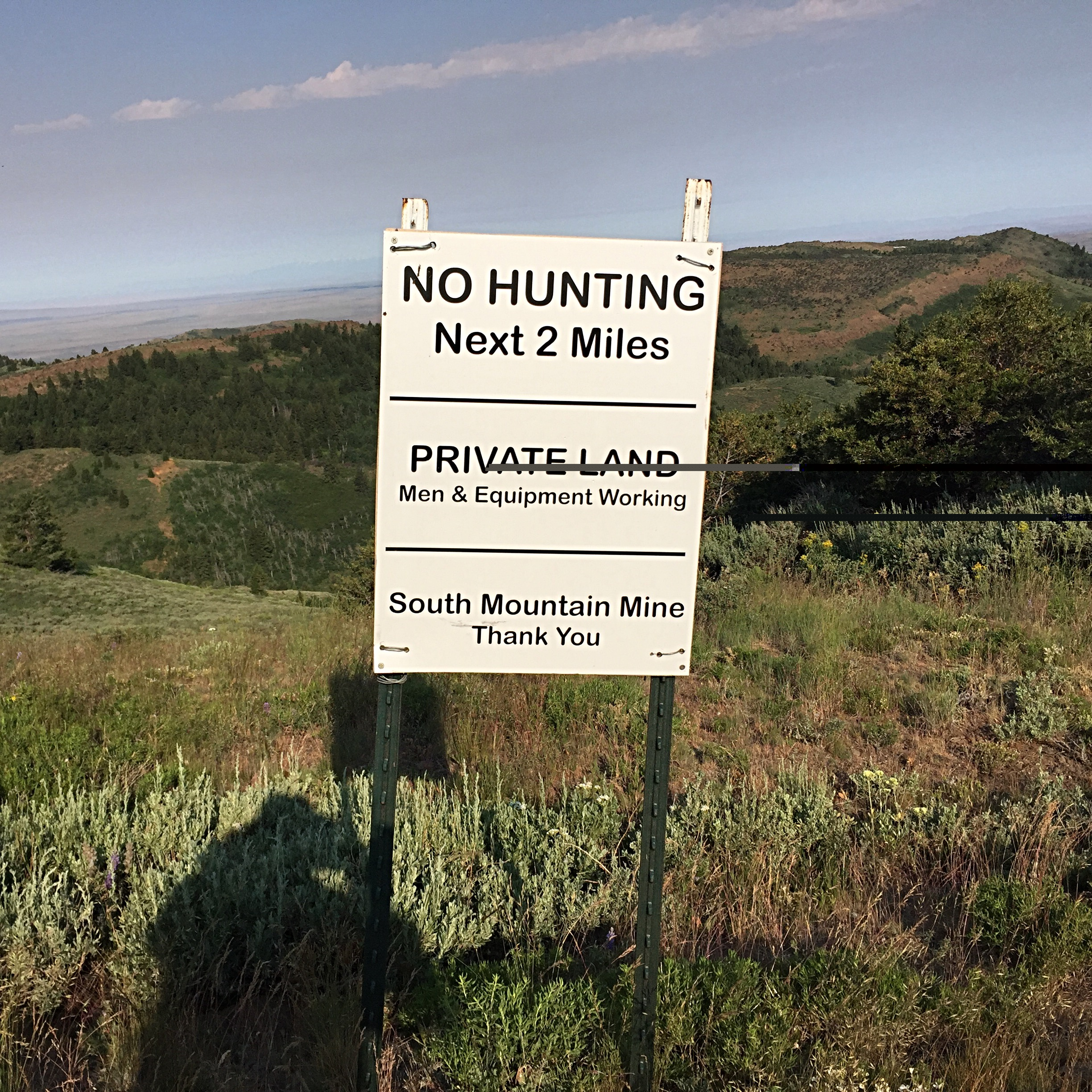 Please help preserve public access onmthe South Mountain Road by staying on the road and obeying the signs' directions. Stay on the road and leave cabins an equipment alone.