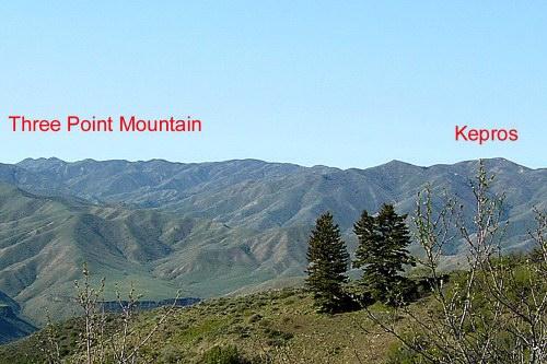 The long ridge that the route follows from Three Point Mountain to Kepros Mountain.