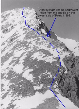 The route from the snow bridge to the summit.