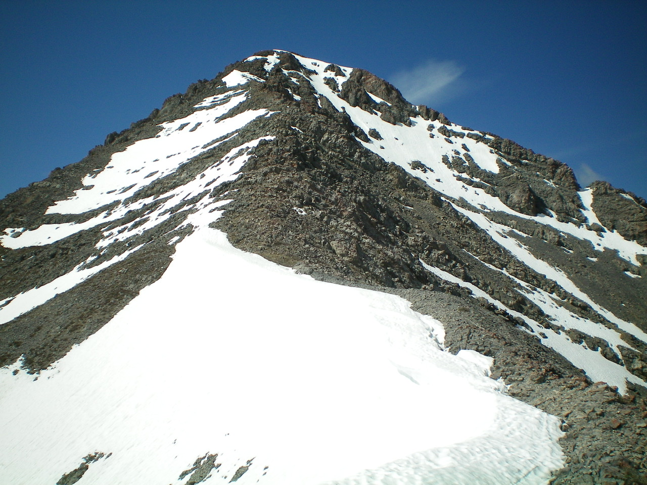 The upper section of the rugged North Ridge of Saddle Mountain. Livingston Douglas Photo