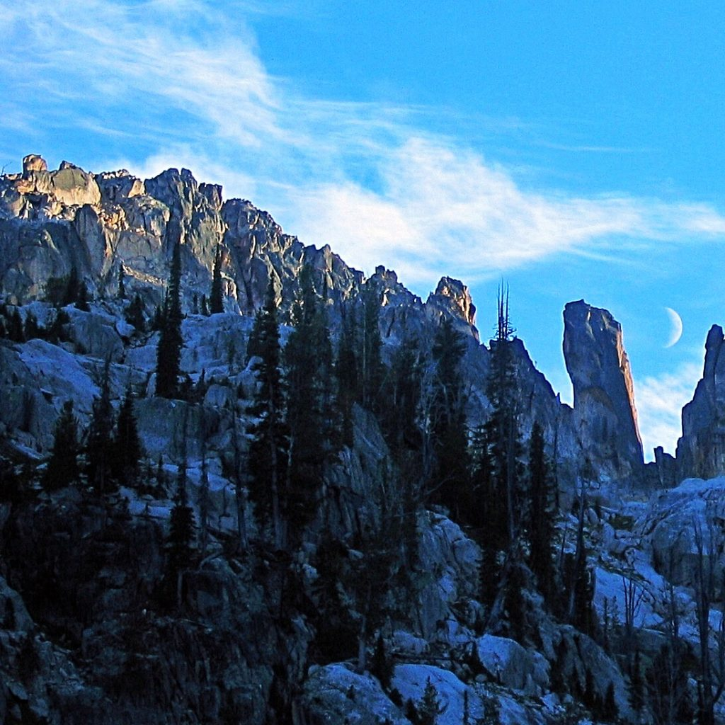 Peak 10100 with The Leaning Tower of Pisa on the right. Ray Brooks Photo