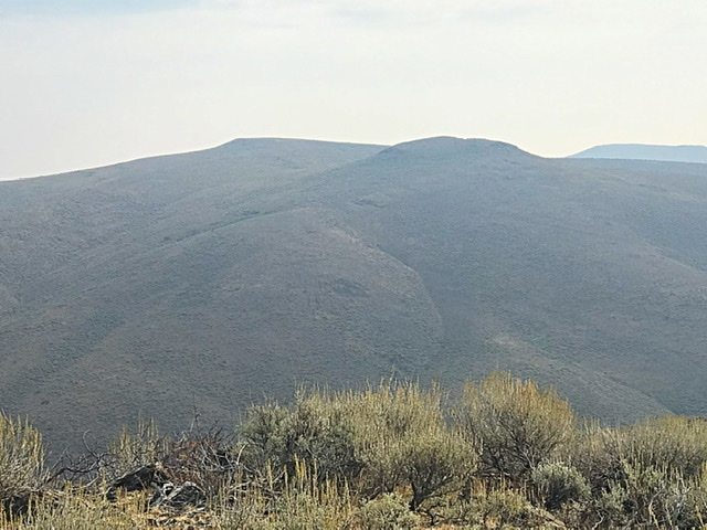 Monument Gulch Peak viewed from Middleman Peak.