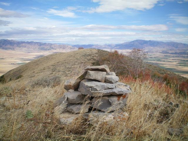The summit area of Peak 6407, looking along the summit ridge at the [lower] northeast summit. Livingston Douglas Photo