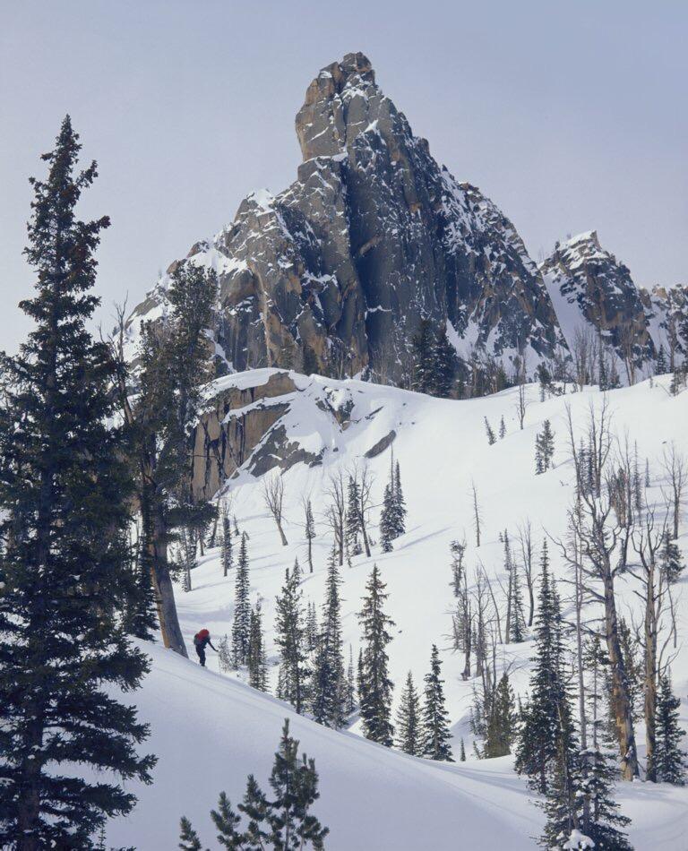 7. Soft morning light kisses the powder snow 'Good Morning', as Gordon leads off toward the climb on Day 3.