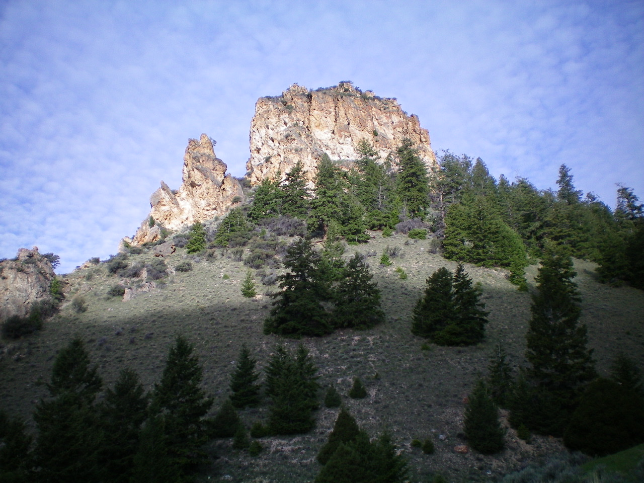 Peak 7940 viewed from the east. Livingston Douglas Photo