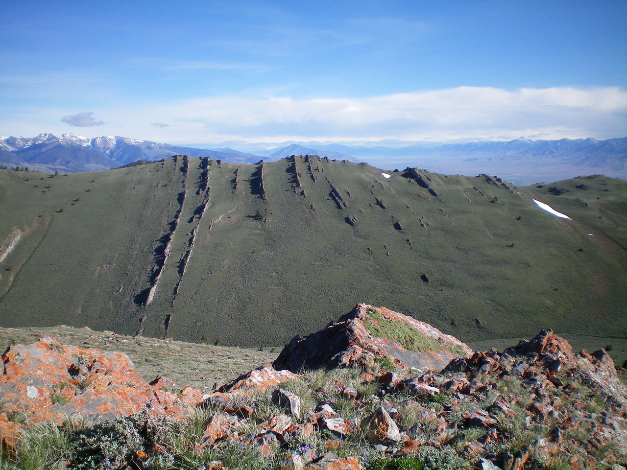 Peak 9004 as viewed from the summit of Jumpoff Peak. The two potential summits are VERY CLOSE in height. The left/west summit is considered the high point since it is a measured summit. Livingston Douglas Photo