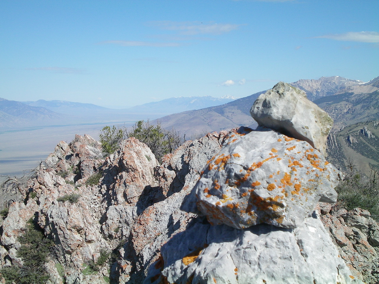 The 3-rock summit cairn atop the high point of Peak 9151, looking NW at the Class 3 towers/blocks on the summit ridge. Livingston Douglas Photo