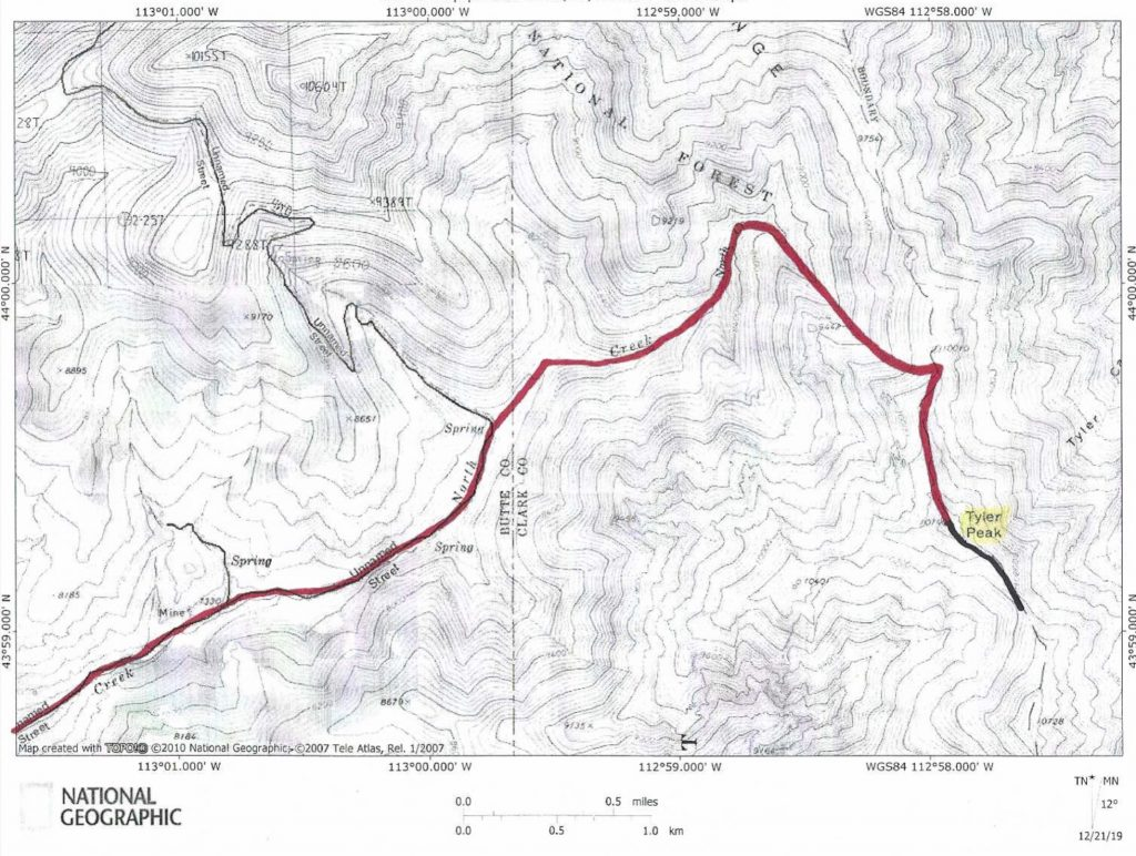 The Southeast Ridge Route (black) and the North Creek Gully Route (red).