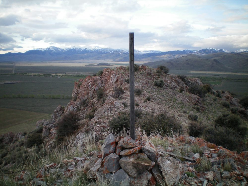 The summit cairn atop North Chilly Butte. Livingston Douglas Photo