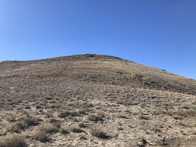 The view toward the summit from the saddle.
