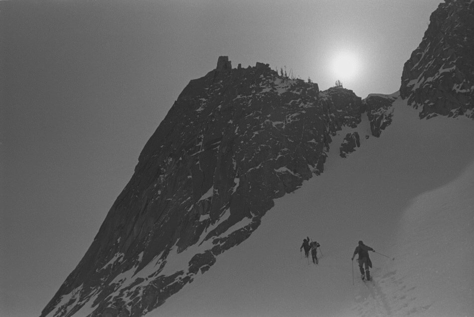 Ascending the colouir to the West Ridge saddle.