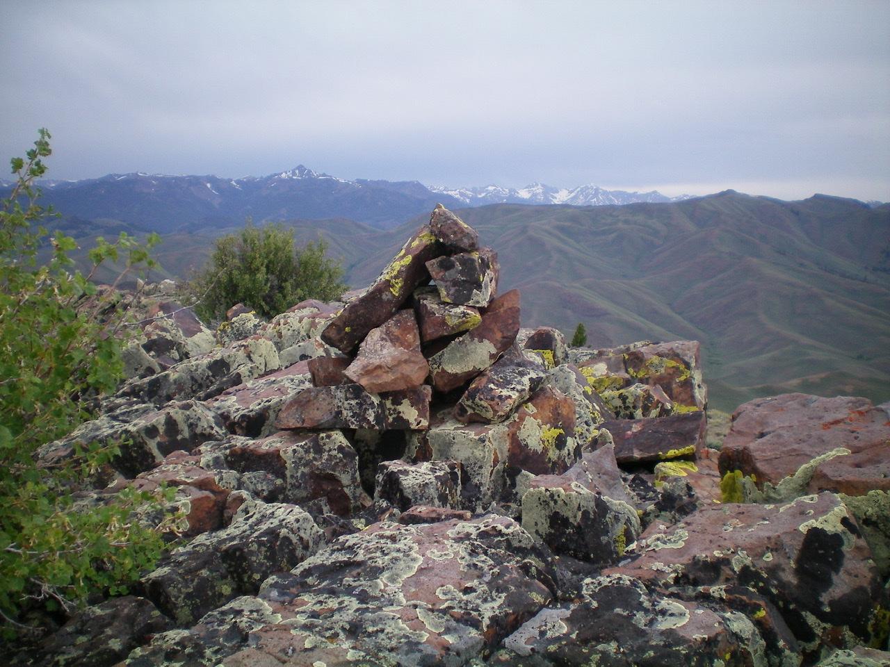 The summit cairn atop Peak 8700. Livingston Douglas Photo