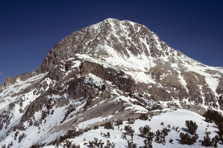 The west face of Bell Mountain.