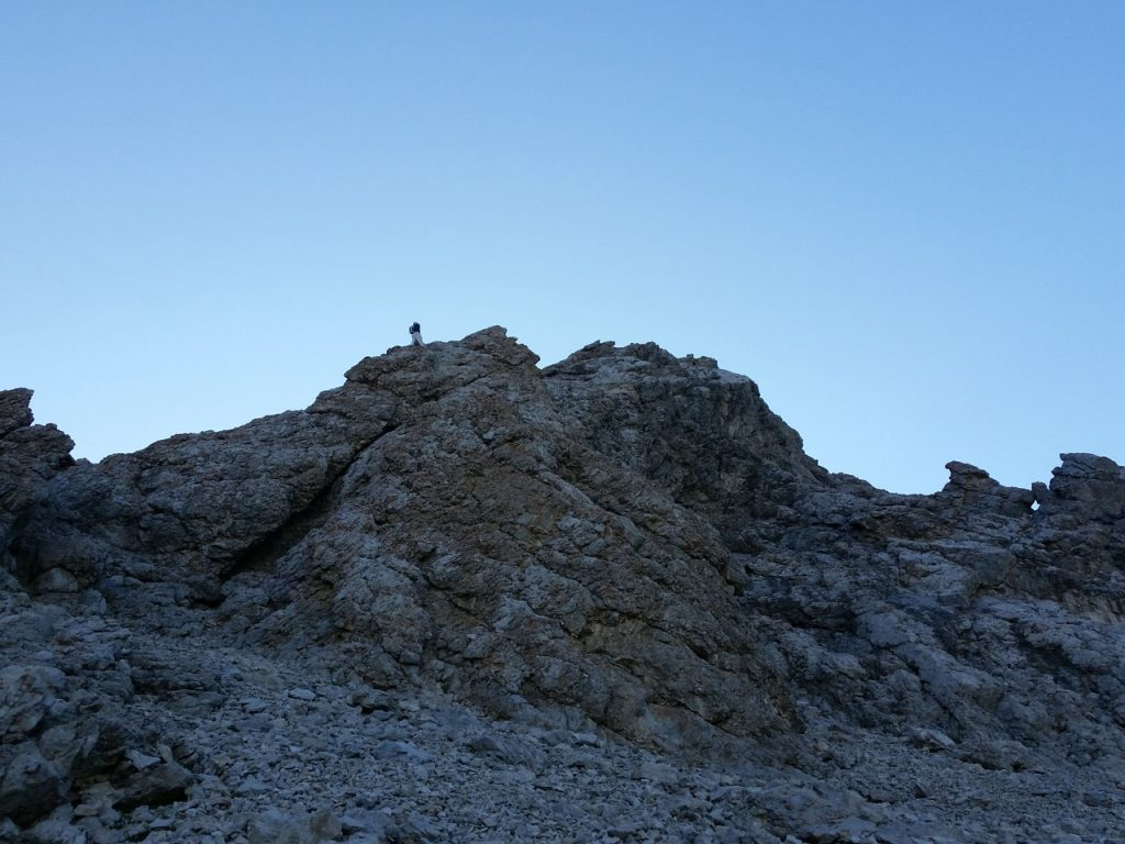 Kevin Hansen enjoying the ridge. Thierry Legrain Photo