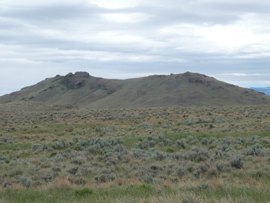 Sheep Mountain is located on the east side of the range.