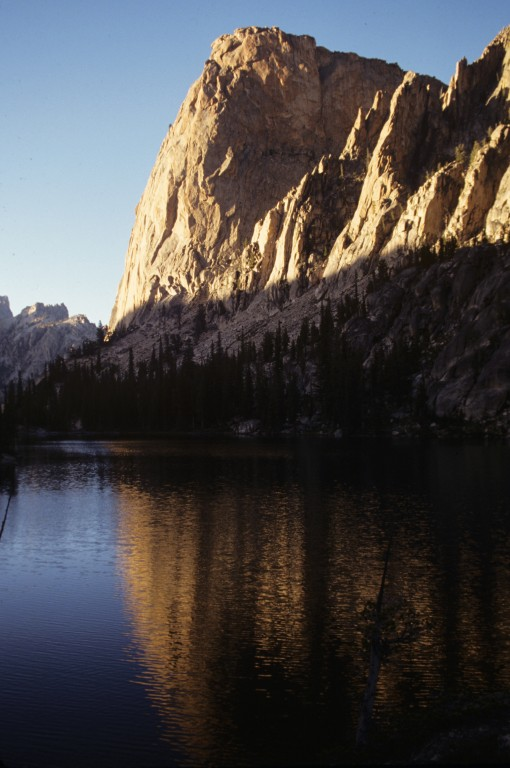 The Elephants Perch from the first Saddleback Lake.