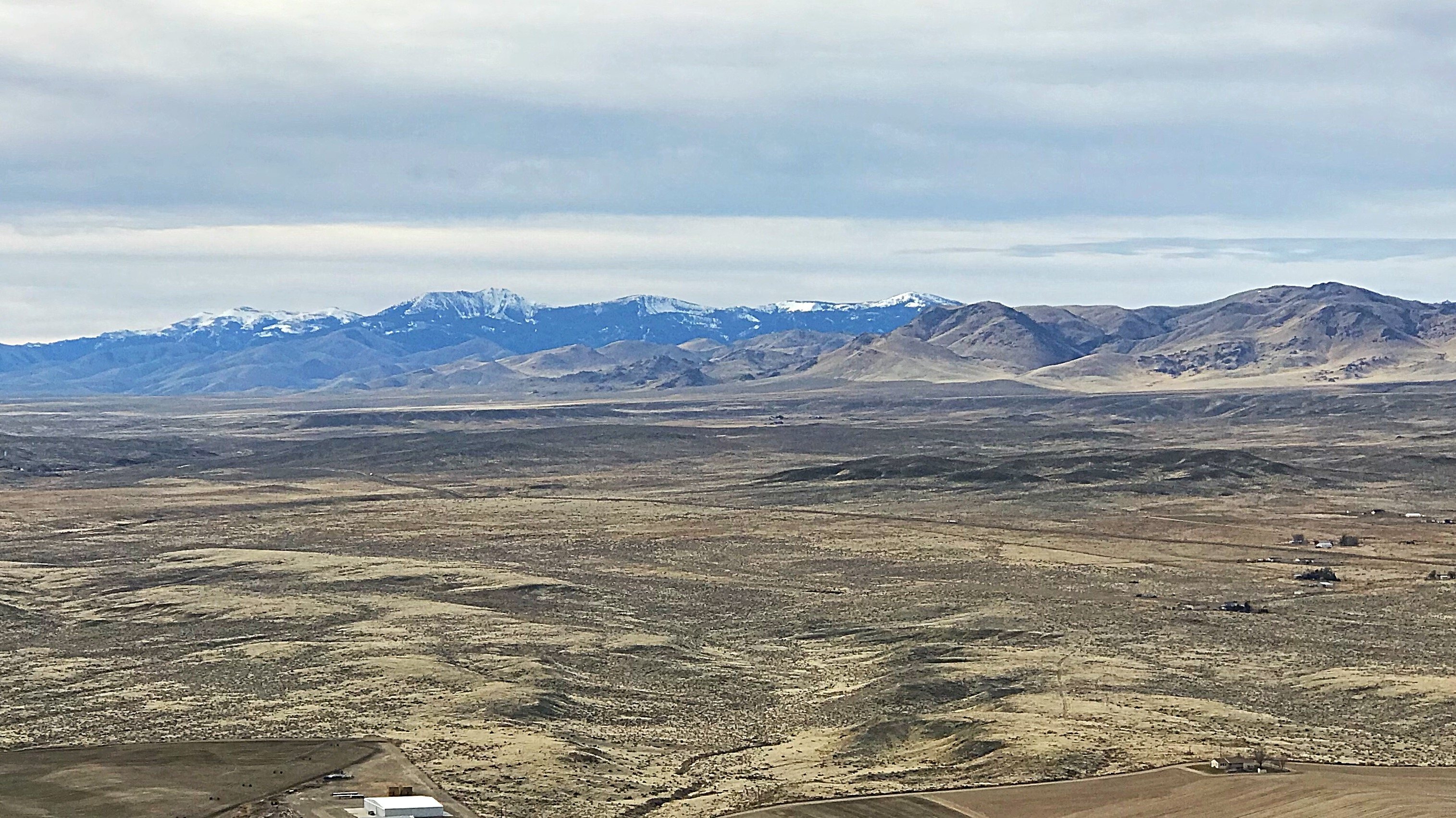 Looking south to the Owyhee Mountains from the summit.