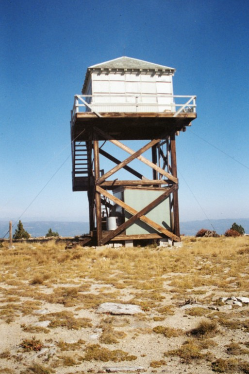 The Granite Mountain fire lookout in 1990.