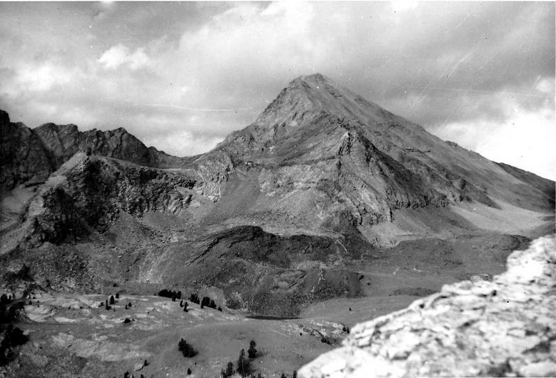 Hyndman Peak from the NNW. Evilio Echevarria Photo