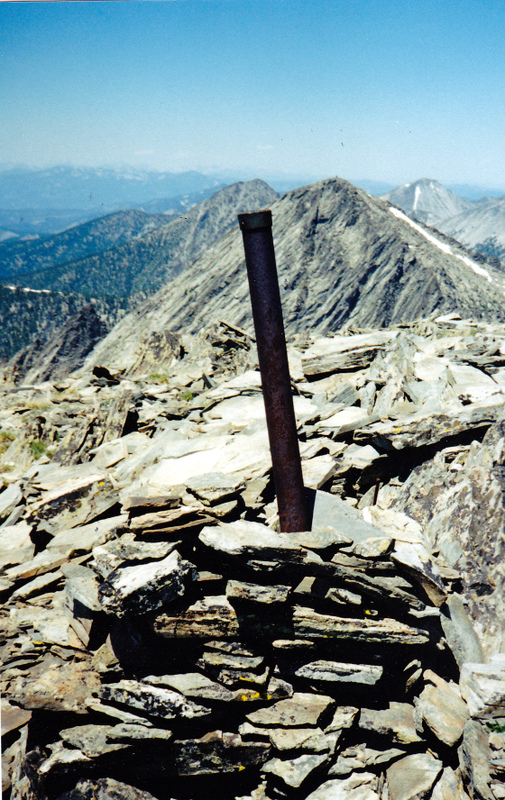 The summit of Monument Peak looking toward Freeman Peak and showing the Mont-Ida 472.066 mile marker. Rick Baugher Photo and commentary.