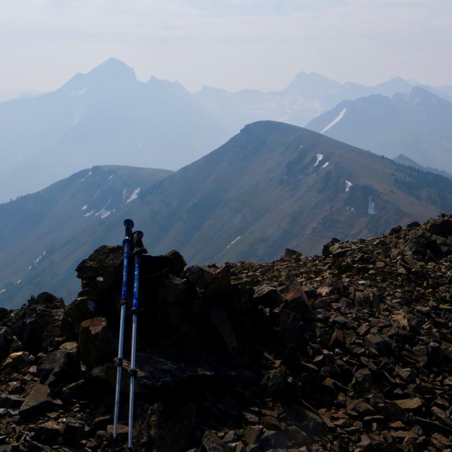 Summit Cairin, Summit Creek Peak. Steve Mandella photo.