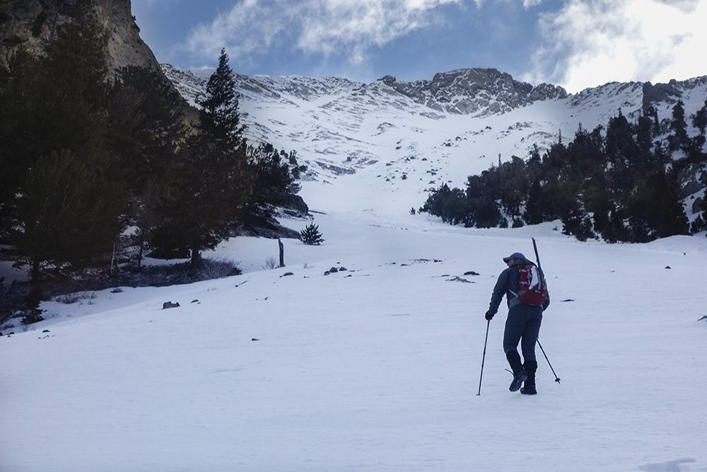 Starting up toward the ridge. Larry Prescott Photo