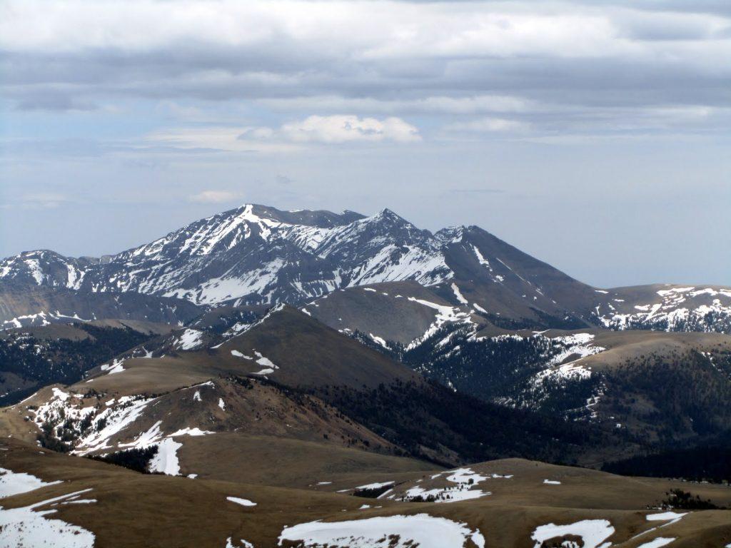 Scott Peak and Huh's Horn from Eighteenmile Peak. George Reinier Photo