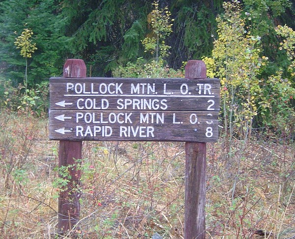 Trail sign at Chokecherry Flat. Dave Pahlas Photo