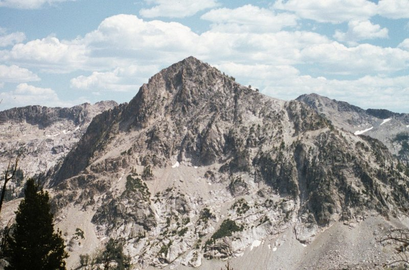 Mount Everly from Blacknose Peak,