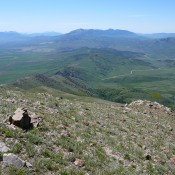 Views from the south ridge of Old Tom are expansive in all directions.
