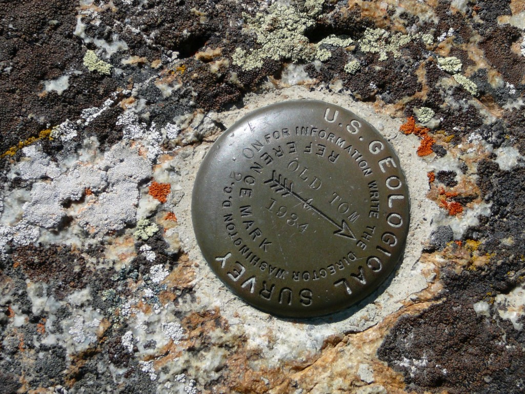 Summit marker for Old Tom