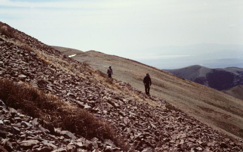 Traversing the ridge between Black Peak and Black Pine Mountain.