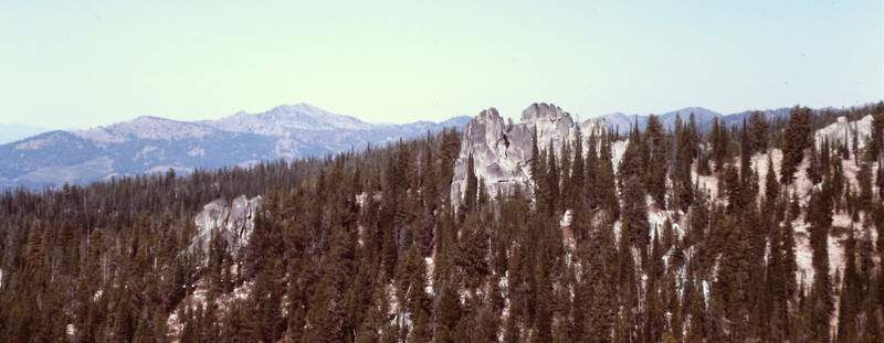 More spires can be found off the summit on the peak's western slope.