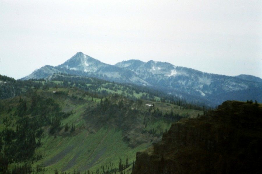 Bruin Mountain on the left and Bruin Peak on the right from Lava Butte.