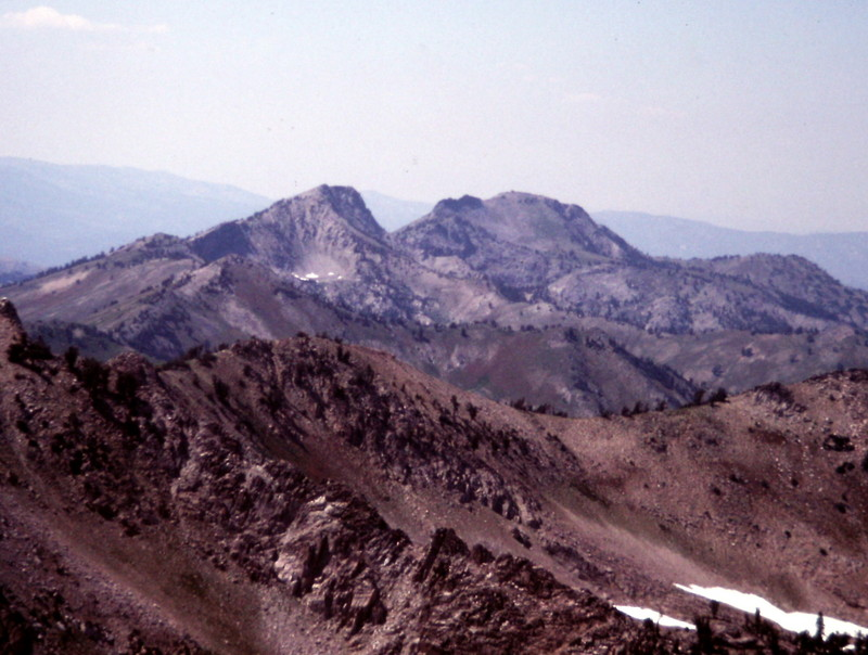 Iron Mountain (right) and Peak 9712 from Smoky Dome.