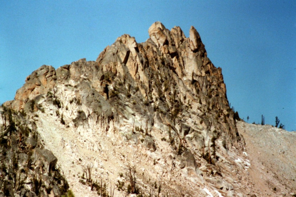 Fishhook Spire from the west.