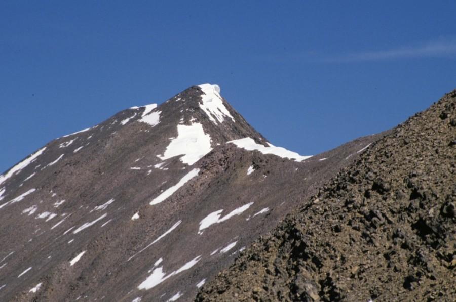 Peak 10749 (Pahsimeroi Pyramid) from west rib of Petros Peak.