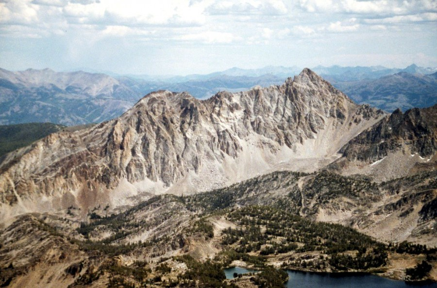 Peak 11202 and Big Boulder Chain of Lakes.