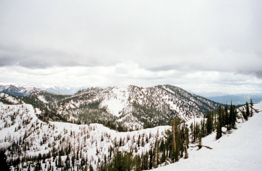 Warrior Peak from Sawnholm Peak.