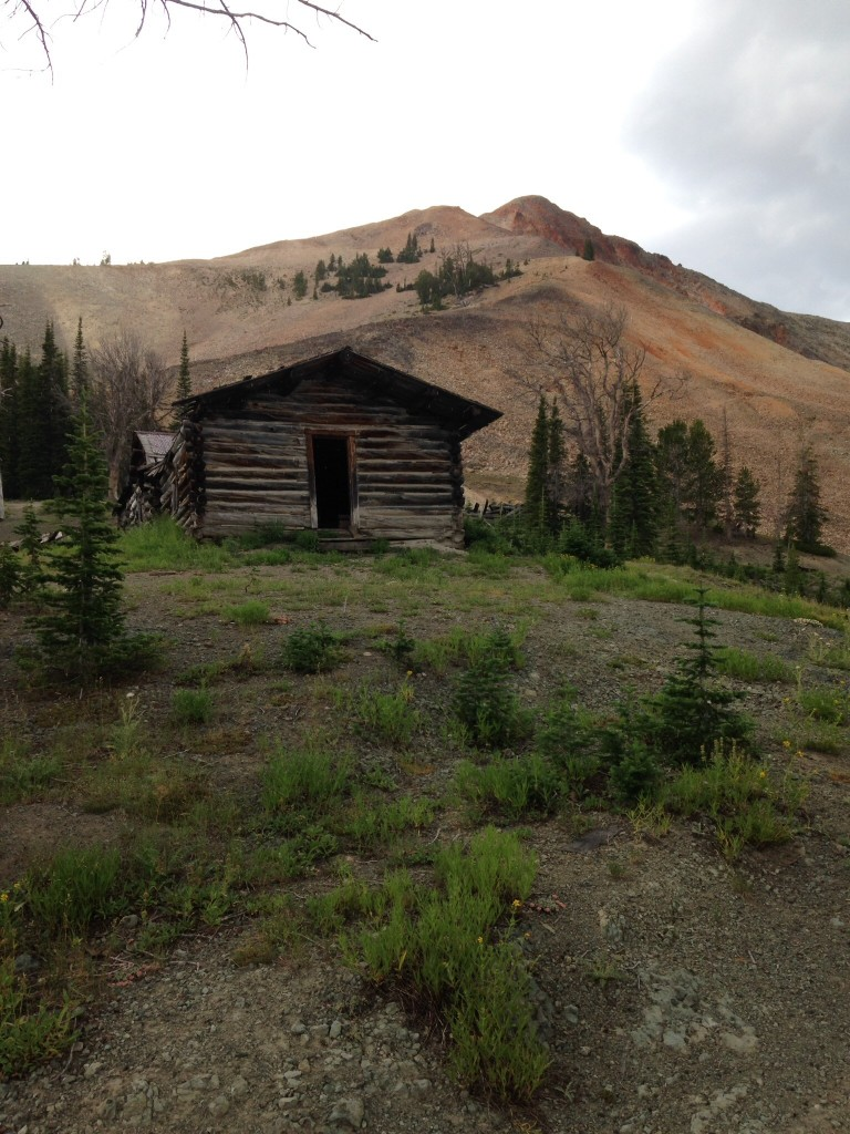 Cabins on the east side of Estes Mountain.