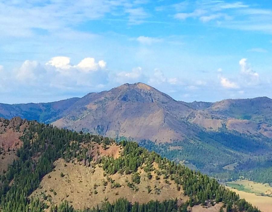 Glide Mountain viewed from Roundup Peak.