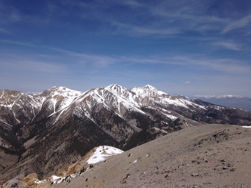 Looking north, northwest from Sunny Bar Peak to Diamond Peak on the right with Little Diamond, Swanson Peak and the Riddler also visible from the summit.
