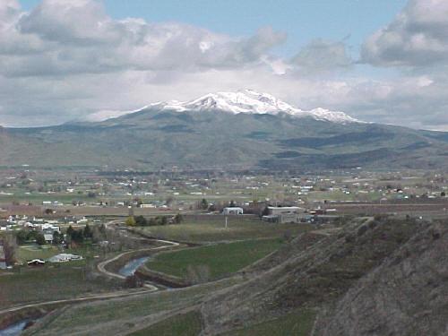 Squaw Butte rising above Emmit, Idaho. John Platt Photo.